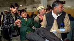 Armario de Noticias: Más de 130 muertos en un ataque talibán a una escu...