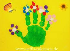 Basteln, Basteln mit Kindern, Handabdruck, Fingerabdruck ,Blumen, Blumenwiese, Frühling, Basteln, KIGA, Krippe, Basteln U3, Hand, Kinder, Farben