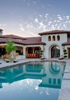 This would make a great house in Arizona!