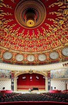 Built in 1888, the temple of music, Romanian Athenaeum interior design  www.romaniasfriends.com