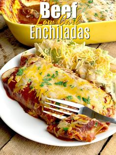 Easy Low Carb Beef Enchiladas - This low carb beef enchilada recipe is so easy to make! Utilizing tender shredded beef from the Instant Pot, it is seriously the BEST beef enchilada recipe you will ever try! Shredded Beef Enchiladas, Shredded Beef Recipes, Low Carb Enchiladas, Ground Beef Recipes For Dinner, Low Carb Dinner Recipes, Dinner Healthy, Chicken Enchiladas, Keto Dinner, Vegan