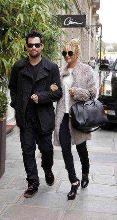 Nicole Richie & Joel Madden.