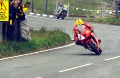 Duke Formula OneTT 2000 - Bungalow Rider: Joey Dunlop Date: June 2000