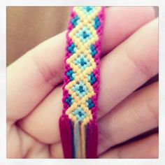 Learn how to make friendship bracelets_____ _____ _____ _____ _____ _____ _____ _____ _____ Photo by Added by picantico Friendship bracelet pattern 7858 #diy #doityourself #howto #instructions #hobby #tutorial #pattern #braceletbook #diamonds #shaped
