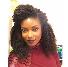 http://www.mycoloures.com/2015/04/17-women-rocking-heck-out-of-kinky-hair.html