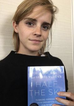On International Literacy Day, Emma Watson Interviews 'Half The Sky' Authors Nicholas Kristof And Sheryl WuDunn Our Shared Shelf Sep/Oct 2016 Style Emma Watson, Emma Watson Belle, Emma Watson Estilo, Emma Watson Beautiful, Emma Watson Funny, Carrie Brownstein, Maquillage Emma Watson, Reading Lists, Book Lists