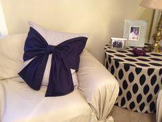 DIY bow pillow tutorial