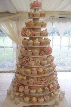 Cupcake toren leuk voor feesten en bruiloften