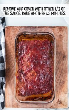 This meatloaf recipe is a classic dish made of lean ground beef mixed with a savory combination of seasonings, topped off with a homemade meatloaf sauce. Beef Meatloaf Recipes, Homemade Meatloaf, Classic Meatloaf Recipe, Good Meatloaf Recipe, Meat Loaf Recipe Easy, Best Meatloaf, Meatloaf Sauce, Meat Recipes, Cooking Recipes