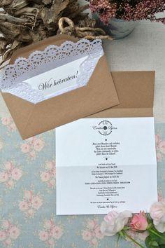 Einladungskarten - HOCHZEITSEINLADUNG VINTAGE MIT SPITZE - ein Designerstück von Papierwiese bei DaWanda