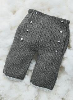 Mag. 176 - n° 31 Trousers | Buy, yarn, buy yarn online, online, wool, knitting, crochet | Buy Online