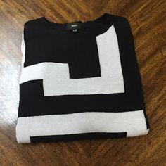 Geometric sweater Mossimo geometric pattern thin sweater Mossimo Supply Co Sweaters Crew & Scoop Necks
