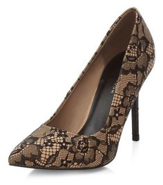 - All over lace material- Pointed toe- Heel height: 4