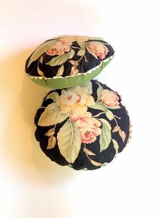Excited to share this item from my #etsy shop: Decorative round throw pillows, vintage Ralph Lauren sheet, Charleston Black Floral