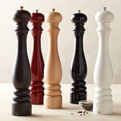 "Peugeot Paris u'Select Salt & Pepper Mills | Williams-Sonoma - Black or White Lacquer 15 3/4"" Pepper Mill"