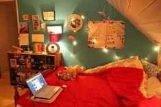 Weihnachtsbeleuchtung im Schlafzimmer dachgeschoss jugendzimmer mädchen