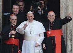 Papa Francisco reza na Basílica de Santa Maria Maior, em Roma - http://glo.bo/10Kz2eL (Foto: Ciro Fusco/EFE)