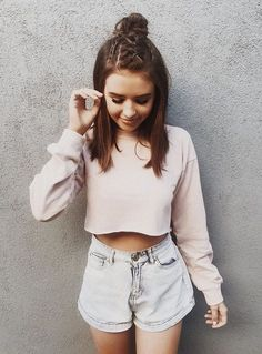 Jess Conte is my lifeeeee Short Hair Updo, Short Hair Styles, Medium Hairstyle, Girl Photography Poses, Fashion Photography, Jess And Gabe, Braided Top Knots, Foto Casual, Half Updo