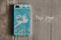 Apple iphone case for iphone iphone 4 iphone 4s iphone 3Gs : Blue and white yarn of reindeer for Christmas