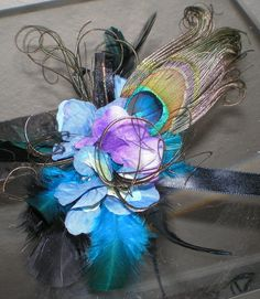 arm flowers peacock and Feathers Wrist Corsage, Wedding Prom Flowers, Bridal Flowers, Purple Flowers, Peacock Wedding, Purple Wedding, Corsage Wedding, Wedding Bouquets, Wedding Crafts, Diy Wedding