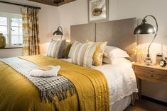 Beautiful luxury selfcatering home in Lewes East Sussex with stunning interiors; Hummingbird House is part of Yellow bedroom - Mustard And Grey Bedroom, Yellow Gray Bedroom, Mustard Yellow Bedrooms, Guest Bedrooms, Home Interior, Color Interior, Home Decor Bedroom, Bedroom Ideas, Bedroom Inspiration
