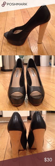 19560dfcfc77b Steve Madden Black Open Toe Heel Lightly worn Steve Madden Shoes Heels