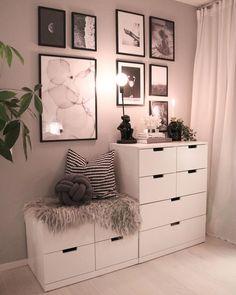 32 Amazing Farmhouse Storage Design Ideas For Your Bedroom Decor Lights Bedroom, Bedroom Furniture, Bedroom Decor, Bedroom Kids, Black Furniture, Ladies Bedroom, Childrens Bedroom, Budget Bedroom, Design Bedroom
