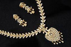Indian Jewellery and Clothing: Diamond jewellery