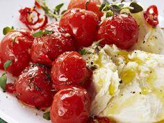 Paahdetut kirsikkatomaatit - Reseptit - Yhteishyvä