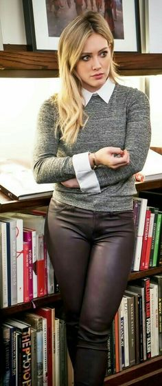 Hilary Duff black leather pants and sweater