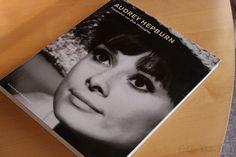 Zu verkaufen:AUDREY HEPBURN-Fotografien von B.Willoughby, Schwarzkopf & Schwarzkopf,
