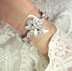 clon of shourouck statement bracelet - ringstone clear Vintage hollywood crystal flower pvc transparent of shell-lac bracelet - pulsera brazalete transparene pedreria