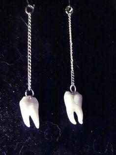 Long in the Tooth Earrings in gold by ExtolloJewelry on Etsy, $40.00    y yo tire mis muelas a la basura por que no sabia que hacer con ellas :/ jejej