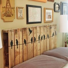 Repurpose a pallet into a headboard - plus a tip on how to add some (temporary) decorative details to it!