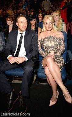 Britney Spears y Justin Timberlake se hicieron los locos en los People's Choice Awards - http://www.leanoticias.com/2014/01/09/britney-spears-y-justin-timberlake-se-hicieron-los-locos-en-los-peoples-choice-awards/