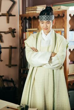 Dream without Limits : Prince - Wang Eun - Byun Baekhyun - Scarlet. Baekhyun Scarlet Heart, Scarlet Heart Ryeo, Baekhyun Fanart, Chanyeol, Baekhyun Moon Lovers, Moon Lovers Drama, Exo Chanbaek, Kpop Exo, Drama Korea
