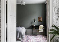 moody green wall / Bo LKV
