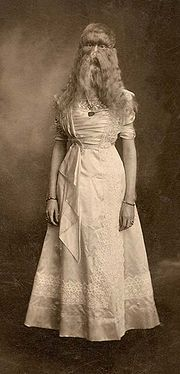 Alice Elizabeth Doherty, approximately 18 years old. Just go with it Liz, work it!