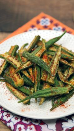Fries You've had green bean fries before, but have you tasted Indian-spiced, breaded and deep-fried okra fries?You've had green bean fries before, but have you tasted Indian-spiced, breaded and deep-fried okra fries? Healthy Okra Recipes, Indian Food Recipes, Asian Recipes, Vegetarian Recipes, Vegetable Side Dishes, Vegetable Recipes, Indian Vegetable Side Dish, Roasted Okra, Okra Fries