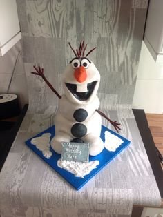 Meet Olaf, not bad for my first attempt!! #frozen #olaf By Jemz Cake Box