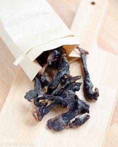 Ma recette de Beef Jerky sauce Yakitori est sur Cook'n'Roll: http://www.cookandroll.eu/archives/2016/01/24/33259311.html  ... et un {CONCOURS - Kikkoman} sur la page Facebook de Cook'n'Roll: www.facebook.com/cookroll