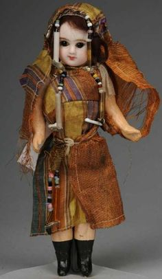 Denamur Etienne Dolls Bisque socket head doll, incised E 0 D Depose b 1890