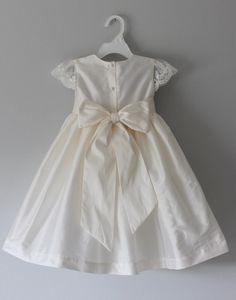 15 Dresses, Girls Dresses, Flower Girl Dresses, Dresses With Sleeves, Cap Sleeves, Tea Length Wedding Dress, Wedding Bridesmaid Dresses, Dress Wedding, Girls White Dress