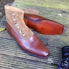 "ascotshoes: ""Some sample #ButtonBoots from our new Italian supplier…Drop us a pm for further details…And these samples in size US10 are available for sale at £600. . Never miss a pair of shoe using..."