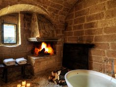 25 Bathroom Fireplaces That Make Any Bath a Wow Therapy   DesignRulz.com