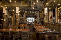 Фото интерьера зала ресторана в стиле фьюжн