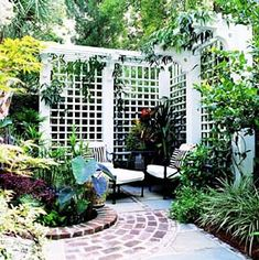 Old-World Privacy Trellis - Project Plan 503483 Better Homes and Gardens