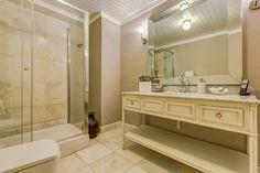 Bathroom Junior Suite BeyEvi