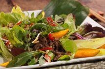 Salada thai de músculo bovino