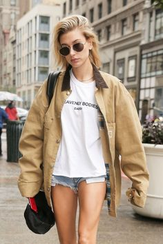 05e7525849 8 Cool Haircut Ideas For Summer Inspired by Hailey Baldwin